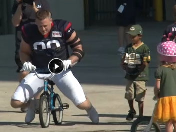 football player JJ Watt following a Greenbay tradtion. (Screenshot ABC 13 news)