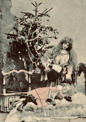 Vintage Christmas angel visiting sleeping girl. (late 1800's. Nat. Archives of Norway (USPD.pub.date, artist life/Commons.wikimedia.org)