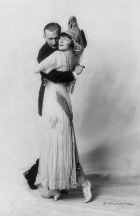 Elegant couple dancing. Vernon Blythe Caste and Irene Castle. 1913 (USPD.pub.date, artist life, LoC/Commons.wikimedia.org)