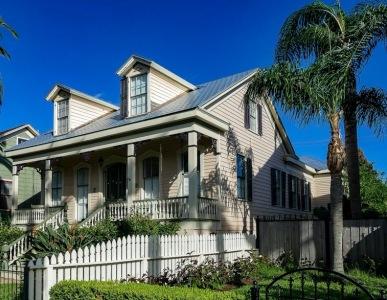 Best Lucas House in Galveston built 1866. ( Jim. Evans/Commons.wikimedia.org)