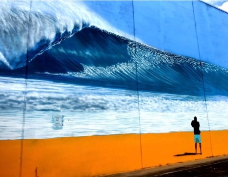 """Perfect Wave"" street murtal by brazilian artist Hilton Alves for the HUE Mural Festival. Commerce Street"