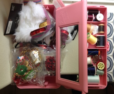 sewing box for Elf (© image. Copyrighted, no permissions granted. all rights reserved)