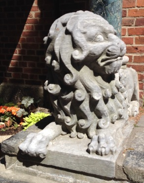 Historic Boston lion guardian. Ole North Church area (© image:copyrighted, no permissions granted, all rights reserved)