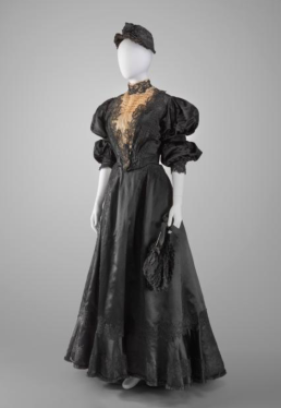 Woman in black American mourning dress, hat and fan. (MFAH/Rienzi collection screenshot )