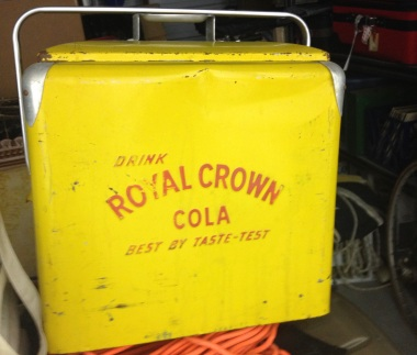 Big yellow Vintage ice cooler. (© image. Copyrighted, all rights reserved, no permissions granted)