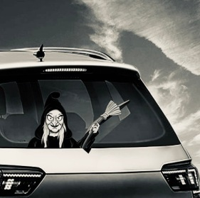 Witch in the back window. Halloween wiper decal sign ( Image: MIYSNEIRN/Amazon)